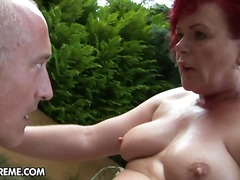 Yobt TV Movie:Horny granny slyt with red tre...