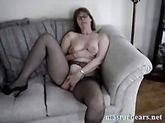 Thumb: Home orgasm Maureen 47...