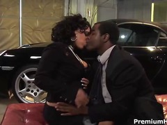 Curvy ebony fucks in p...