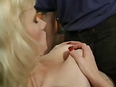 Saggy titted MILF gets fucked and a m...