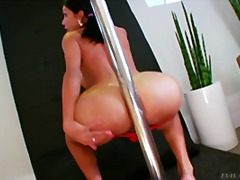 Slutty tranny dances a... - Over Thumbs