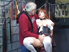Hot, mature redhead gets her pussy to...