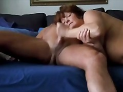 AGED AMATEUR MOM LOVES...