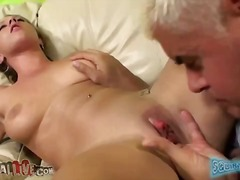 Slutty Lizzy squirting