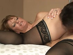 Sex starved milf Robbye Bentley with