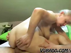 MATURE COUPLE FUCK HAR...