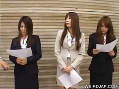 Japanese hotties atten... video