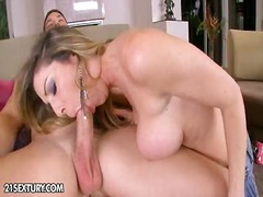 Porno big milf video