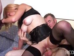 Young and old shaved p... - Redtube