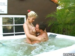Sarah Vandella loves a guy with
