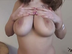 BUSTY MILF MASTURBATIN... video