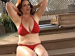 Xhamster Movie:Amazing Woman near the Swimmin...