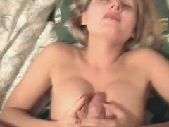 Beautiful MILF Gives Hot Blowjob