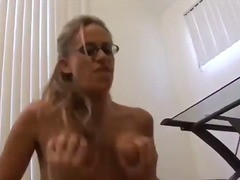 ProPorn Movie:Nymph Boss Seduces Her Employee