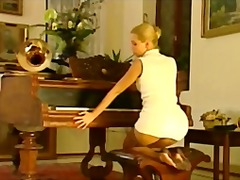 NYLONS ON PIANO