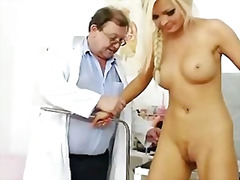 Gorgeous blonde Jenna Lovely pussy ex...