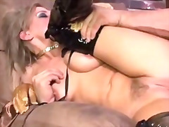 Skank Holly Wellin beg... video