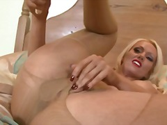 Lucy zara preview