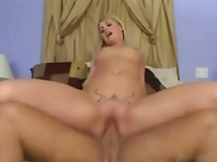she eats the creampie