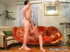 DrTuber - Big chubby slut gets f...
