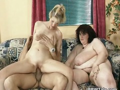 Threesome sex party wi...