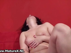 DrTuber - Brunette housewife hav...