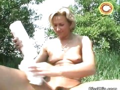 pissing, mature, blonde, outdoor