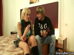 Yobt Movie:Granny prostitute pleases yout...