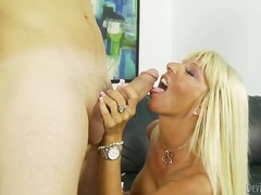 Extremely hot milf kas...