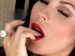 Sexy girl kirsten price put on