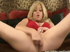 Milf squirting video