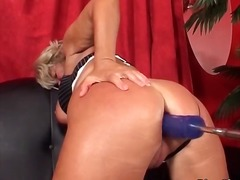 Busty horny mature blo... video
