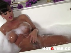Thumb: Lisa ann fingers her p...