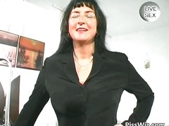DrTuber Movie:Busty mature shows her massive...