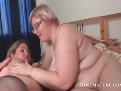 Nuvid - Bbw lesbo moms working cunts in bed