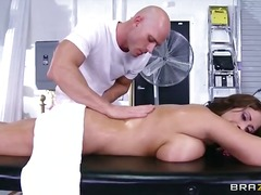 WinPorn Movie:Huge tits on the receptionist