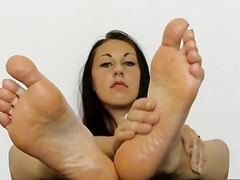 brunette, posing, babe, foot fetish,