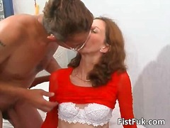 Guy fucks brunettes ha... - PornoXO