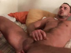 Atlectic body guy gives ba... - 05:30