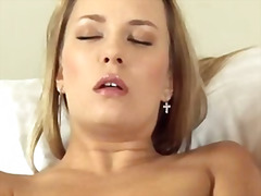 Blonde model vagina fisting herself