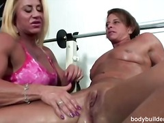 WinPorn Movie:Bodybuilding porn with hot bush