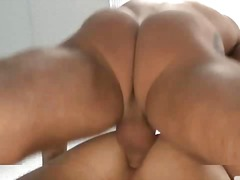 Muscle pornstar gets ass fucked