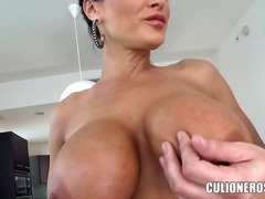 Updatetube - Seductive famous brune...