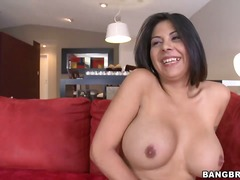 Updatetube Movie:Tempting naked provocative bla...