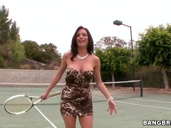 Turned on glamorous brunette milf veronica