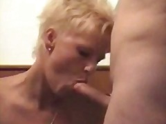 From 2hotdamn - mature lady double-pe...