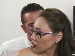 PornSharia Movie:Miko lee gets hot as keiran