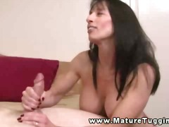 Milf has a firm grip o...
