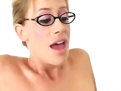 Thumb: Teacher kylie worthy h...