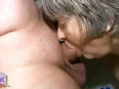 Alpha Porno Movie:Fat old lady sucks dick in the...